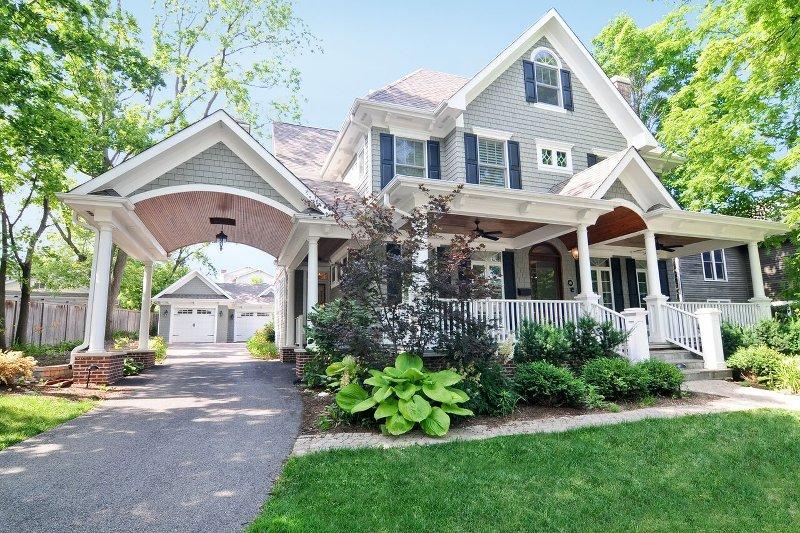 Kinzie Brokerage Residential Services
